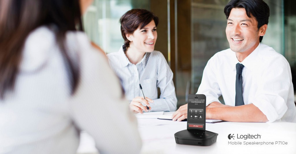 Mobile-Speakerphone-P710e-ConferenceRoom_72_dpi_1200 × 627 (3)