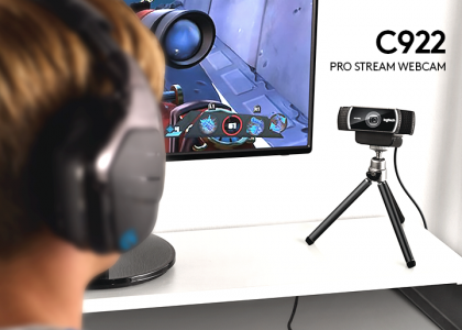 Introducing the Logitech C922 Pro Stream Webcam
